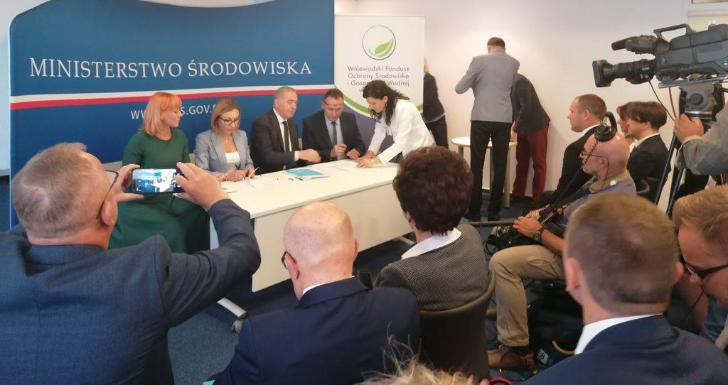 podpisanie porozumień z gminami w sprawie programu czyste powietrze