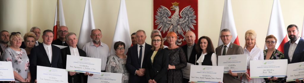 podpisanie umowy dofinansowania w ministerstwie środowiska - beneficjenci