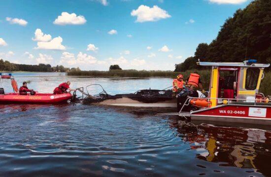 pożar łodzi w Karniewku