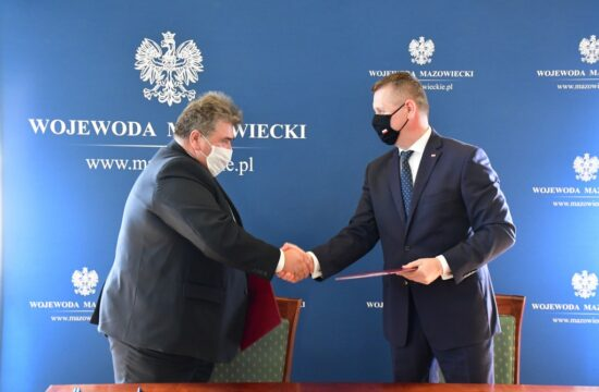 Podpisanie umowy na dofinansowanie przebudowy drogi gminnej Grochy Imbrzyki – Mierzeniec