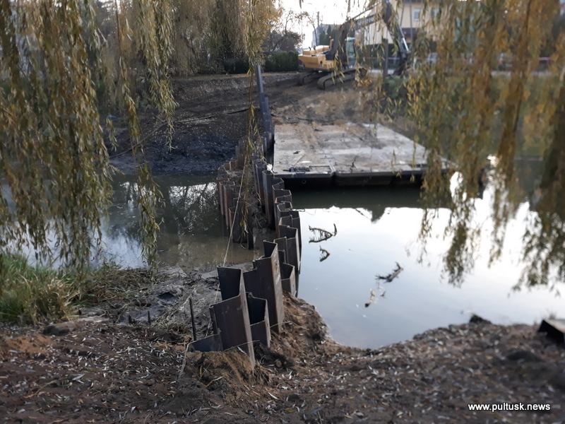 przebudowa wałowych śluz przeciwpowodziowych w Pułtusku