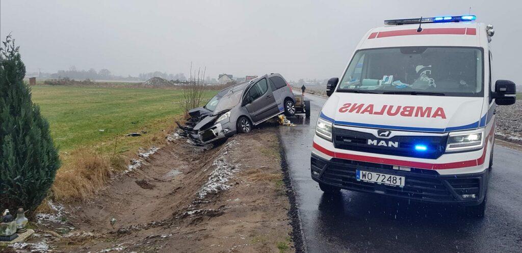 wypadek na trasie Obryte-Gródek Nowy - foto OSP Obryte